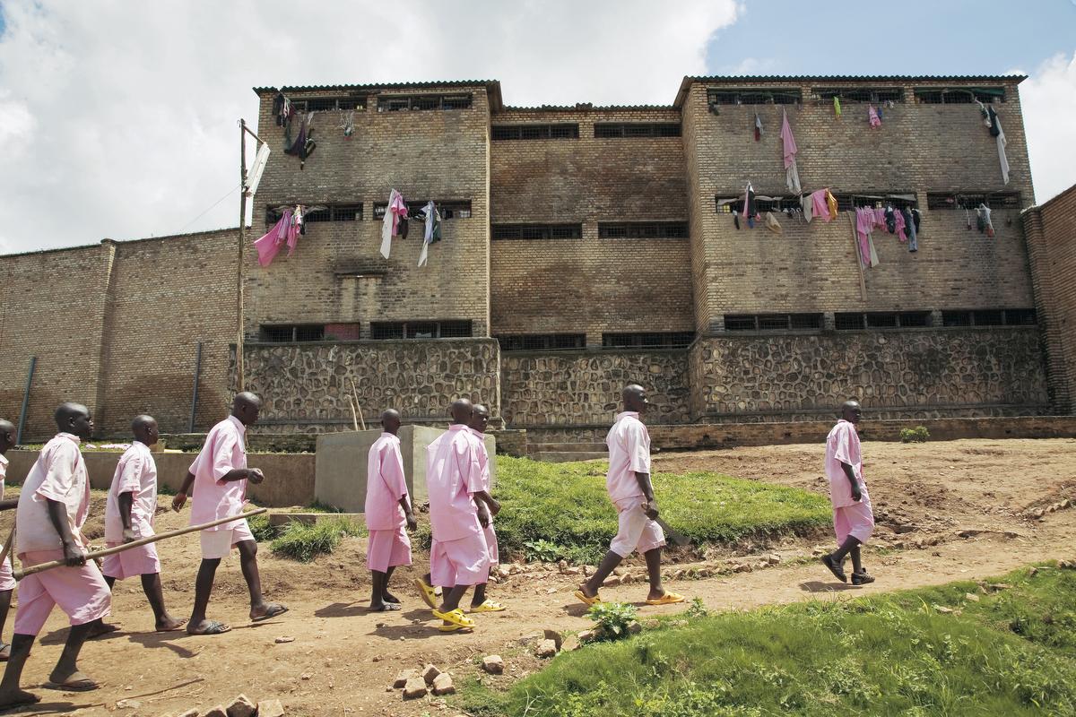 gitarama central prison rwanda - 1297.2KB