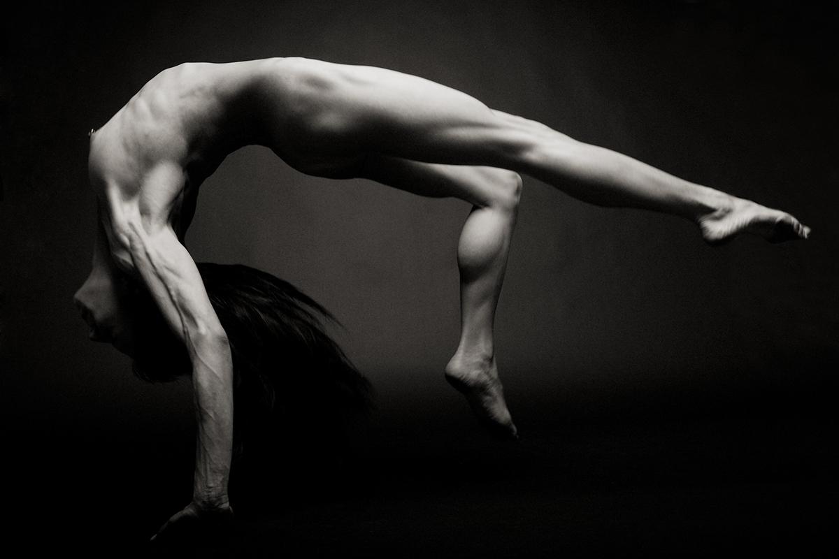 eroticheskie-foto-balet-prisposobleniya-dlya-drochki-chlena-muzhchinam